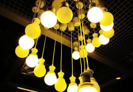 住宅灯具的应用特点和布光方式